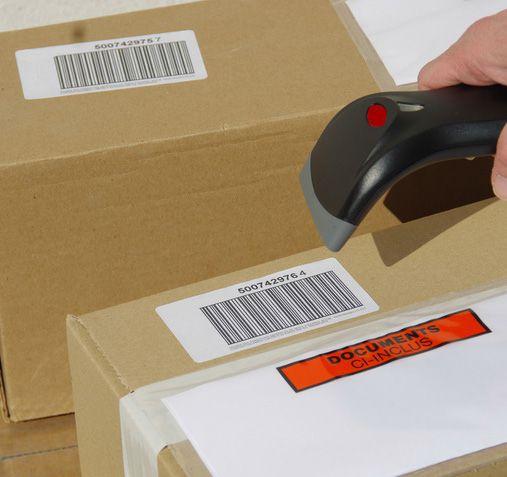 étiquetage lors d'un inventaire de parc informatique