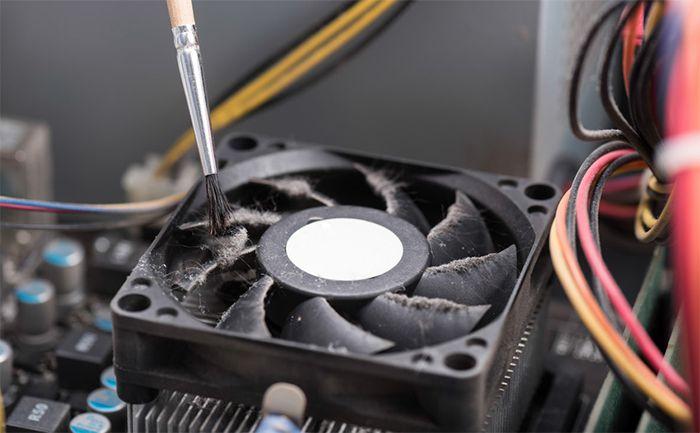 Nettoyage d'un ventilateur d'ordinateur